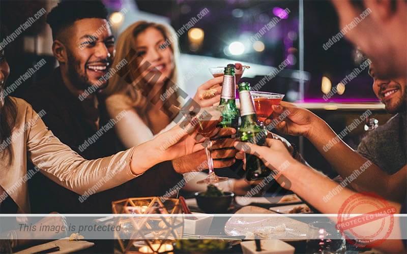 Jenis-Jenis Restoran - Pubs dan Bars