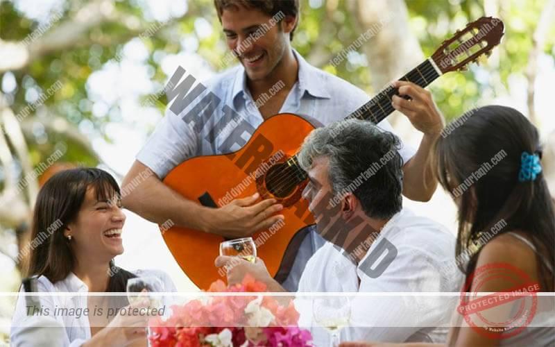 10 Tips Memilih Musik Lagu Yang Cocok Untuk Rumah Makan 2