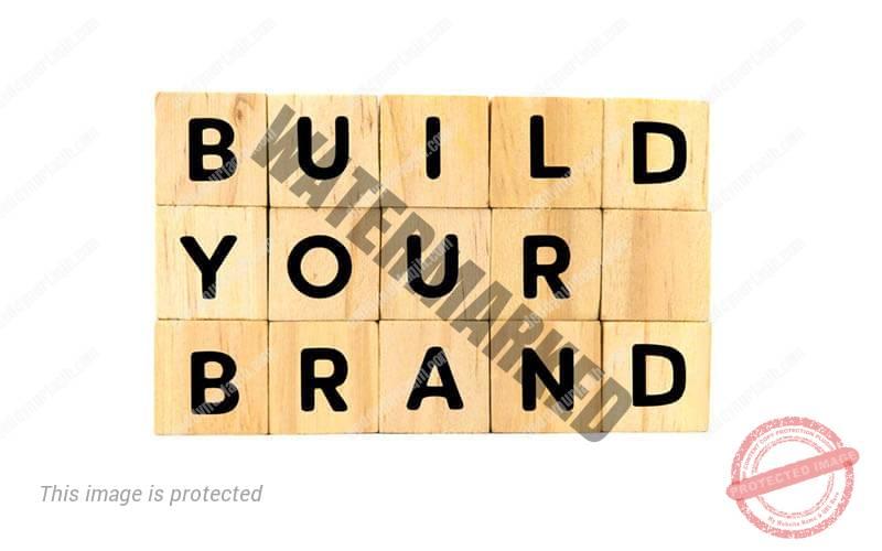 Bangun branding restoran Anda