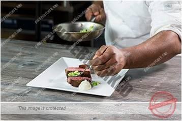 Cara menyajikan masakan gaya bebas 4