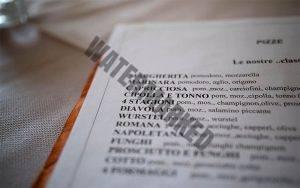 Menu Font dan Tipografi perlu diperhatikan dalam cara membuat daftar menu restoran