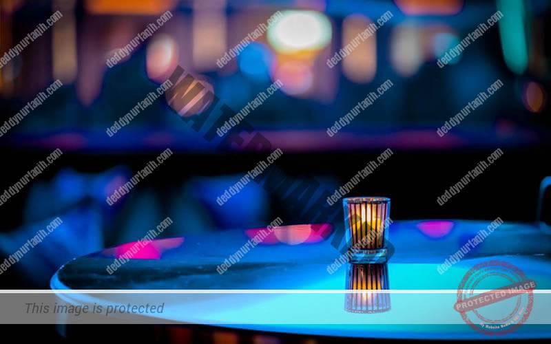 pencahayaan dari Lilin